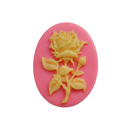 Cameo Ivory Rose 40x30 mm 1ks