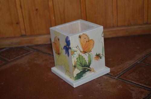 Tužkovník - motýlci