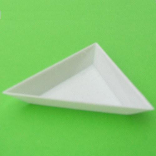 Miska na korálky trojúhelníková 75x10 mm bílá