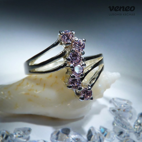 Verona - prsten s růžovými zirkony