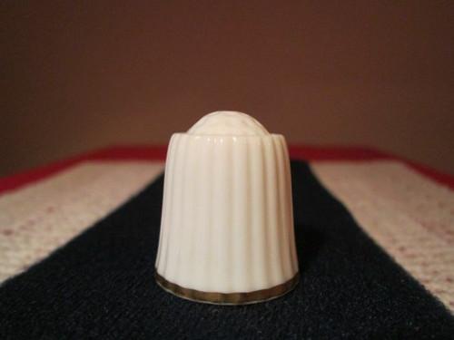 Porcelánový náprstek WGPH Noritake Japan