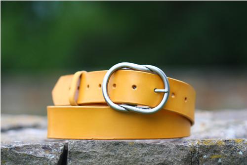 Dámský žlutý široký opasek