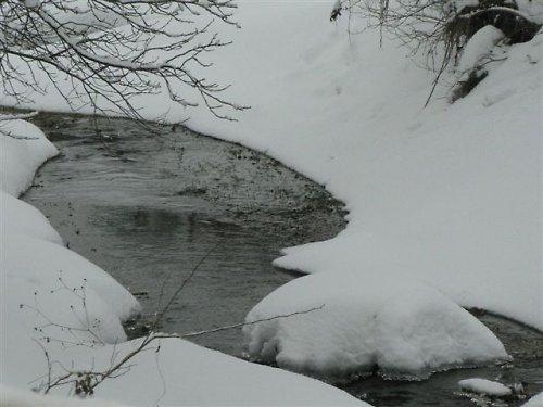Potok pod peřinou