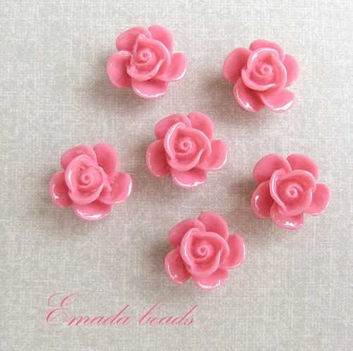 Resin květiny, kabošon růžová, 1,5 cm