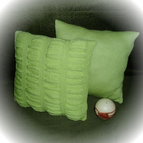 dva pletené polštářky-krep limetka