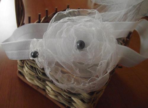Bíláružičkovská čelenka pro malou slečnu