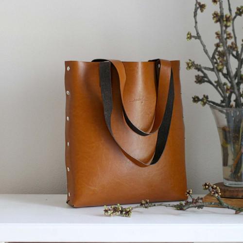 Kožená kabelka Sue (big bag koňaková hnedá)