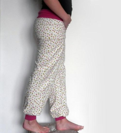 Návod a střih na kalhoty s úpletovým pasem