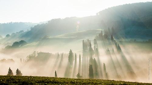 Monticchiellské ranní mlhy
