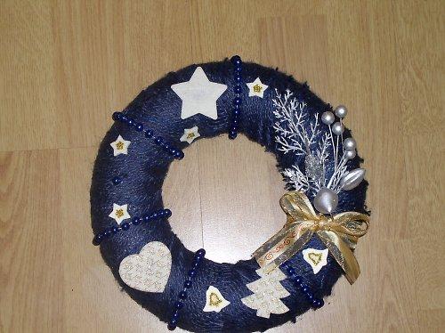 Modrý vánoční věnec velký