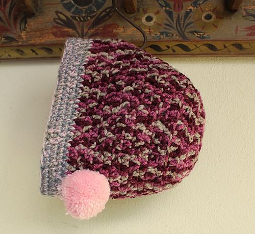 Čapka dívčí - dámská