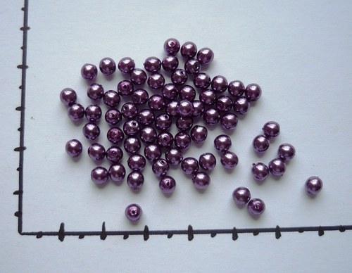 Perličky skleněné voskované fialové 4mm, 36ks