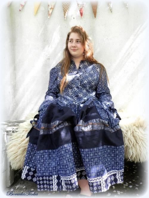 Chalupářské šaty v industriálním stylu