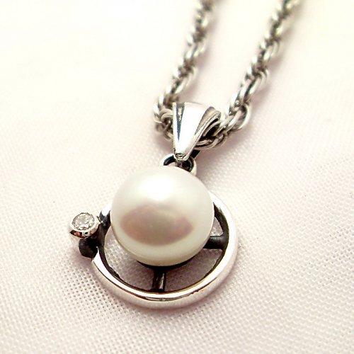 Přívěsek «Afrodita» - bílá perla, stříbro 925/1000