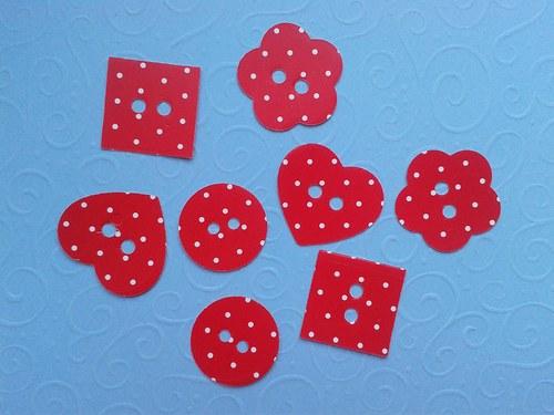Knoflíky - červené s puntíky