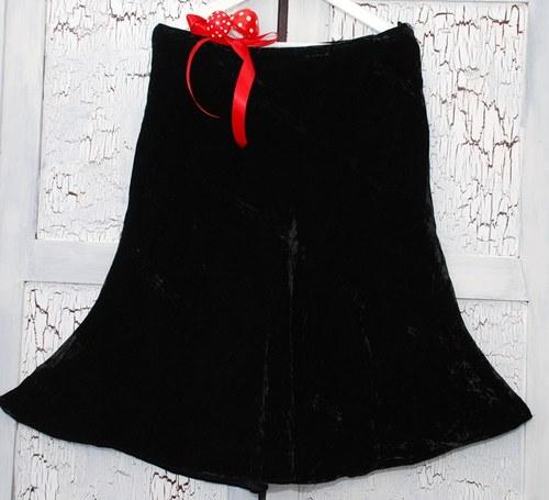 Sametová sukně s hedvábím