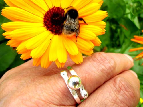 Prsten pro čmeláka