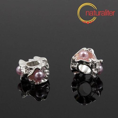 Korálek s velkým průvlekem s fialovými perlami