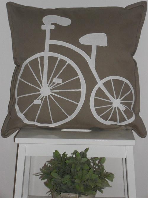 Povlak na polštář s ručním malováním 50*50cm.
