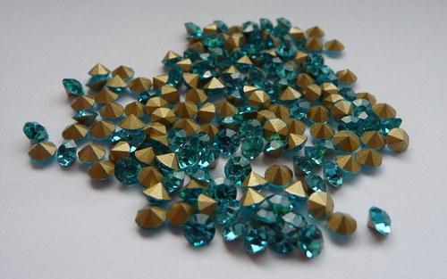šatony světle modrá 3,4mm 20 kusů