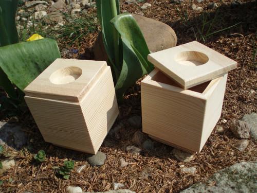 Dřevěný svícen+krabička