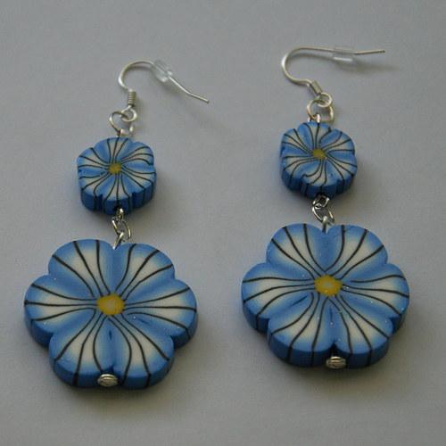 Náušnice s dvěma kytičkami - sv.modrá