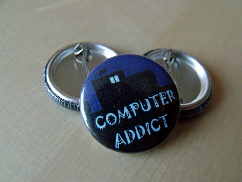 "Button ""Computer addict\"""