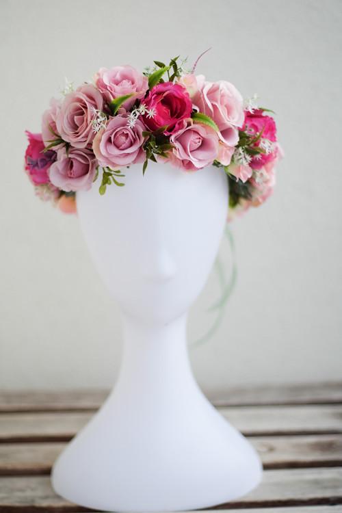 květinový věneček s růžemi