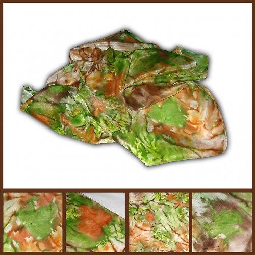 Podzimní batikovaný šátek