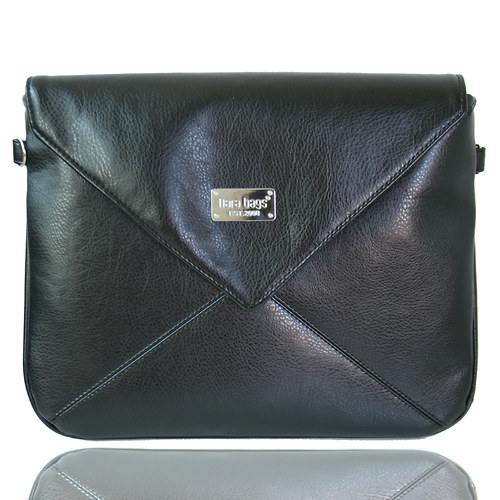 Miss Envelope Middle no. 49 Shiny Black