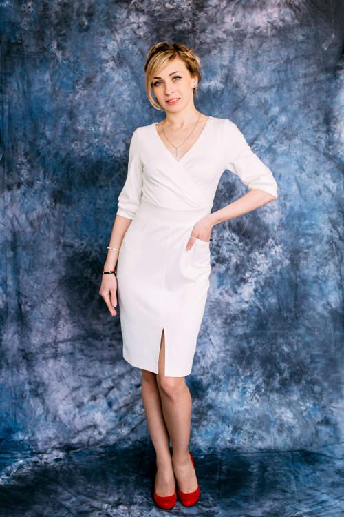 Elegantní letní šaty s rukávy