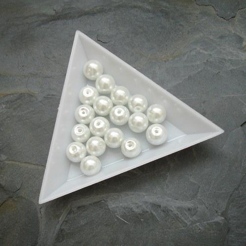 Skleněné voskované kuliček 8mm - 18 ks - bílé