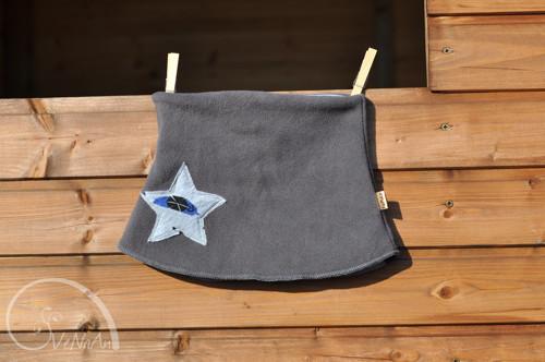 Hvězdný nákrčník šedá-teepee