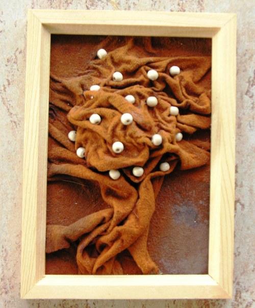 Obrázek z kůže a dřeva II