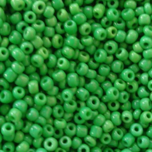 Korálky 160g - tmavší zelená