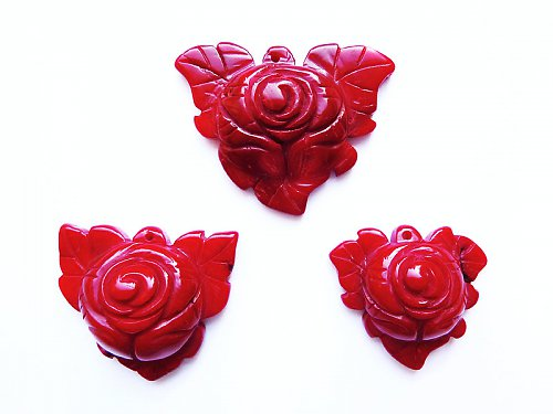Růže vyřezávaná z korálu ((PM100))