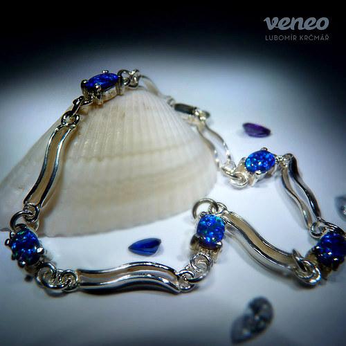 Ester - náramek s tmavě modrými opály