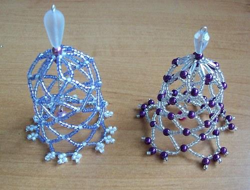 Vánoční zvonky z korálků - fialové 2 ks