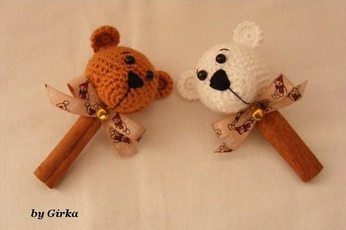 Medvedíci na škorici