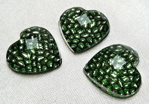 Plastové srdíčko 14 mm - zelená / 2 ks