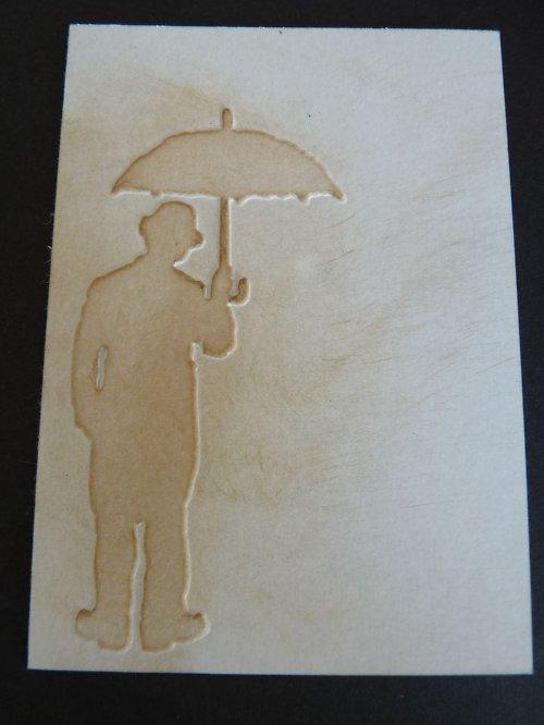 Embossovaný polotovar  - pán s deštníkem