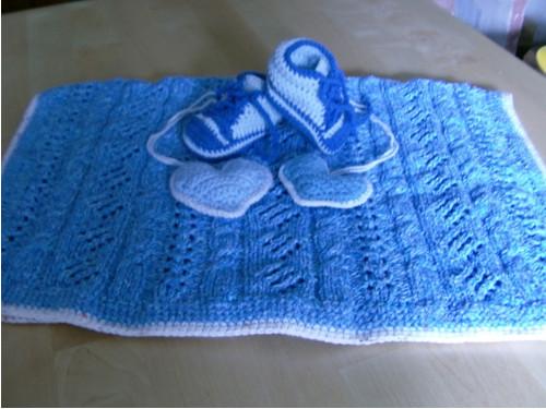 Klučičí deka pro miminko, botičky a srdíčka