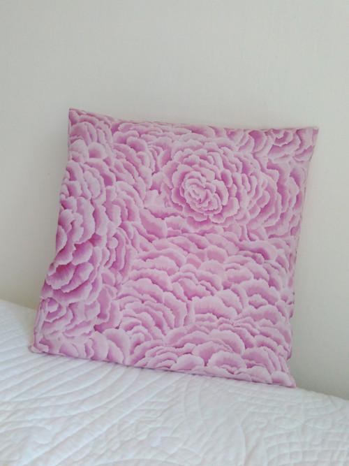 Na růžovém obláčku