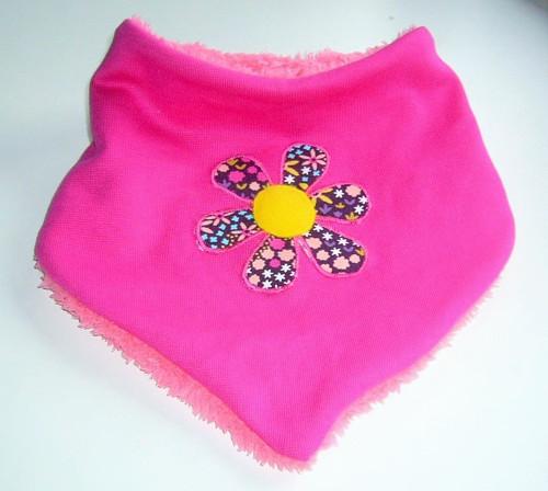 Zimní šátek ( nákrčník) s aplikací