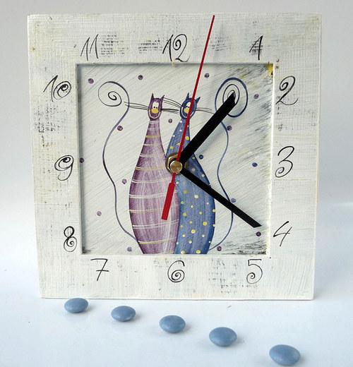 hodiny s malou kukačkou -  bílé s tlustínky