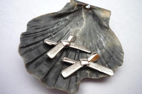 kovové mašličky 4  ks