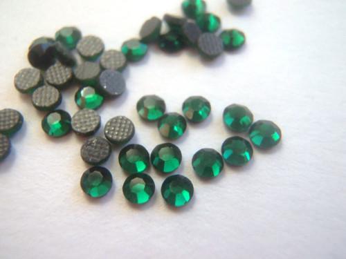 Nažehlovací kamínky hot-fix 100ks