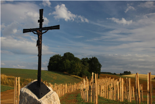 Kovaný kříž s Kristem