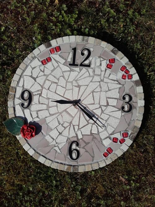Mozaikové hodiny