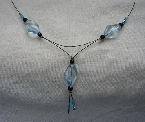 Bledě modrý náhrdelník - SLEVA!!!